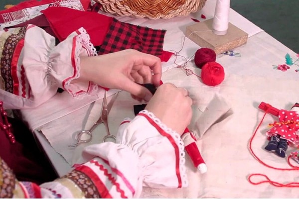 Мастер-класс по изготовлению с детьми народных кукол