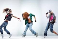 Занятие по клубным танцам