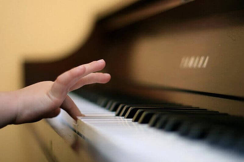 Обучение игре на фортепиано