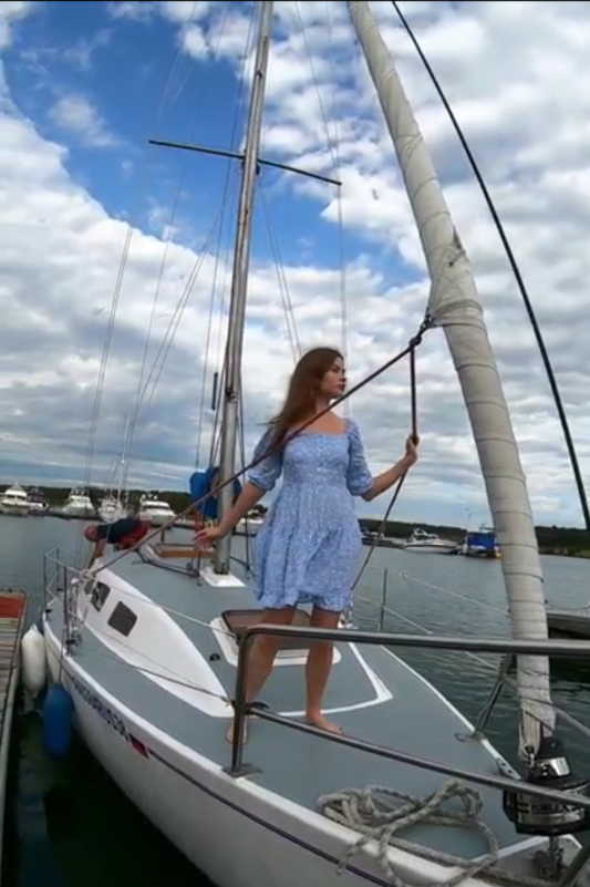 Романтическая прогулка на яхте